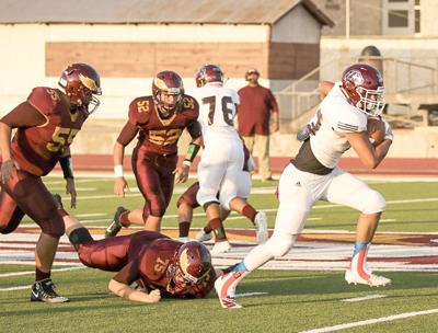 Kenedy Lions rout Pettus Eagles in first road game