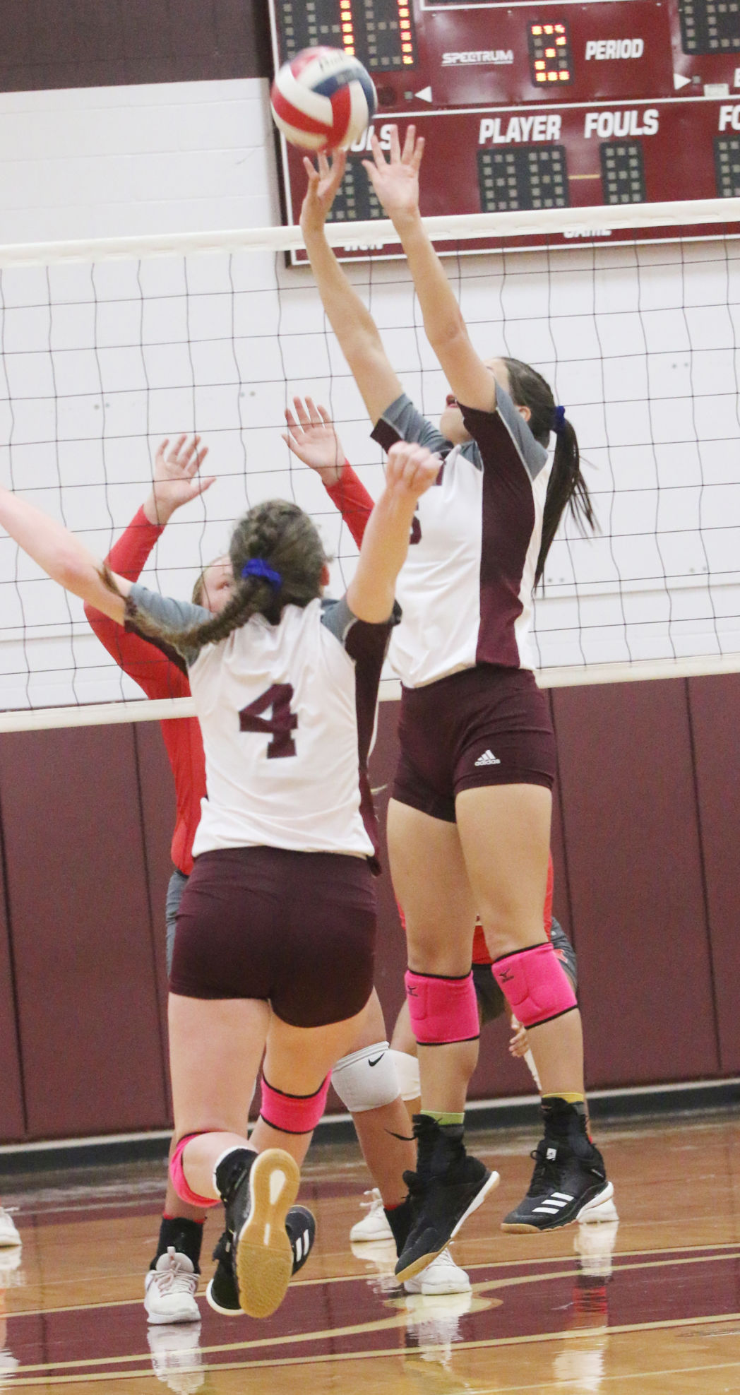 Sinton volleyball makes easy work of Robstown