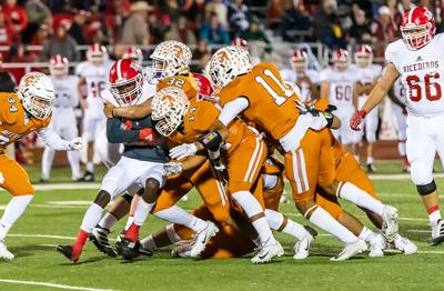 spt 11-28 beeville FB tackle.jpg