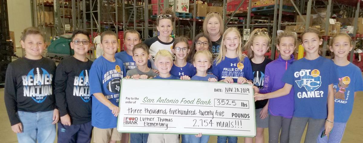 Luther Thomas Elementary collects nearly 5,000 cans