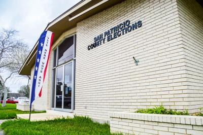 Commissioners move forward with land appraisal, office space for new employees