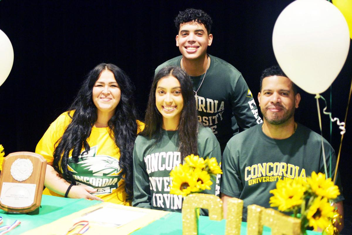 TR student athletes sign letters of intent