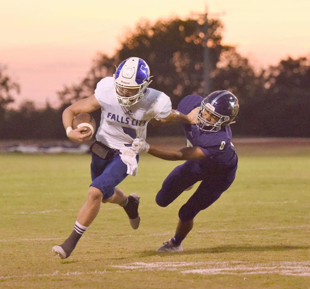 Beavers rebound with victory at Stockdale