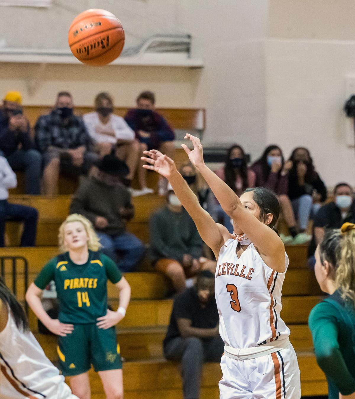 Lady Trojans fall for first time in district play