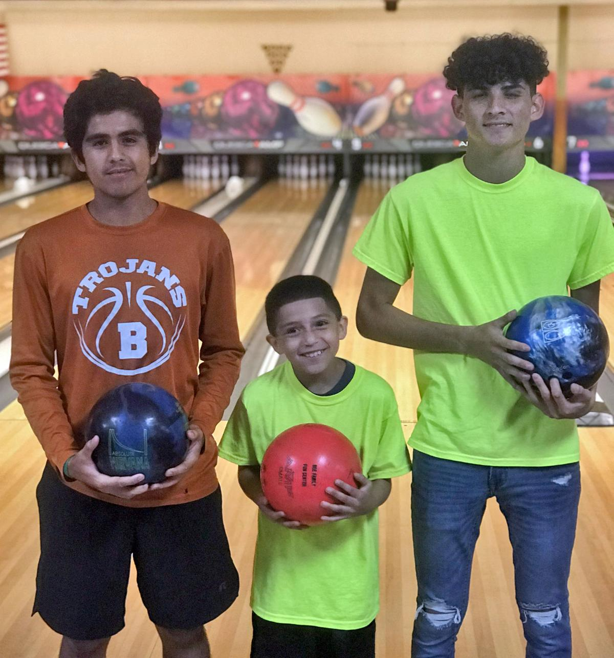 spt 5-31 youth bowling d2.jpg