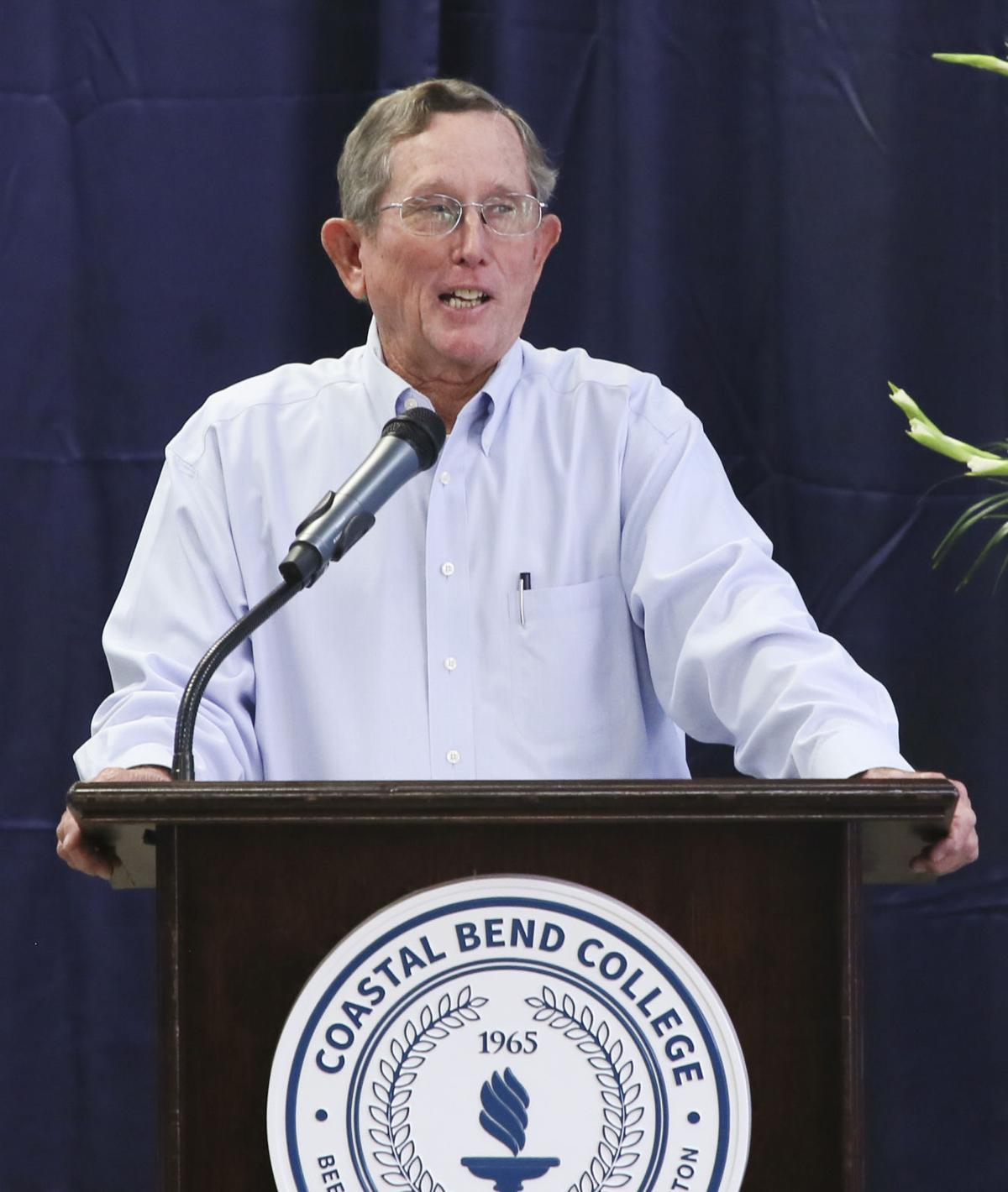 College rallies as new president takes lead