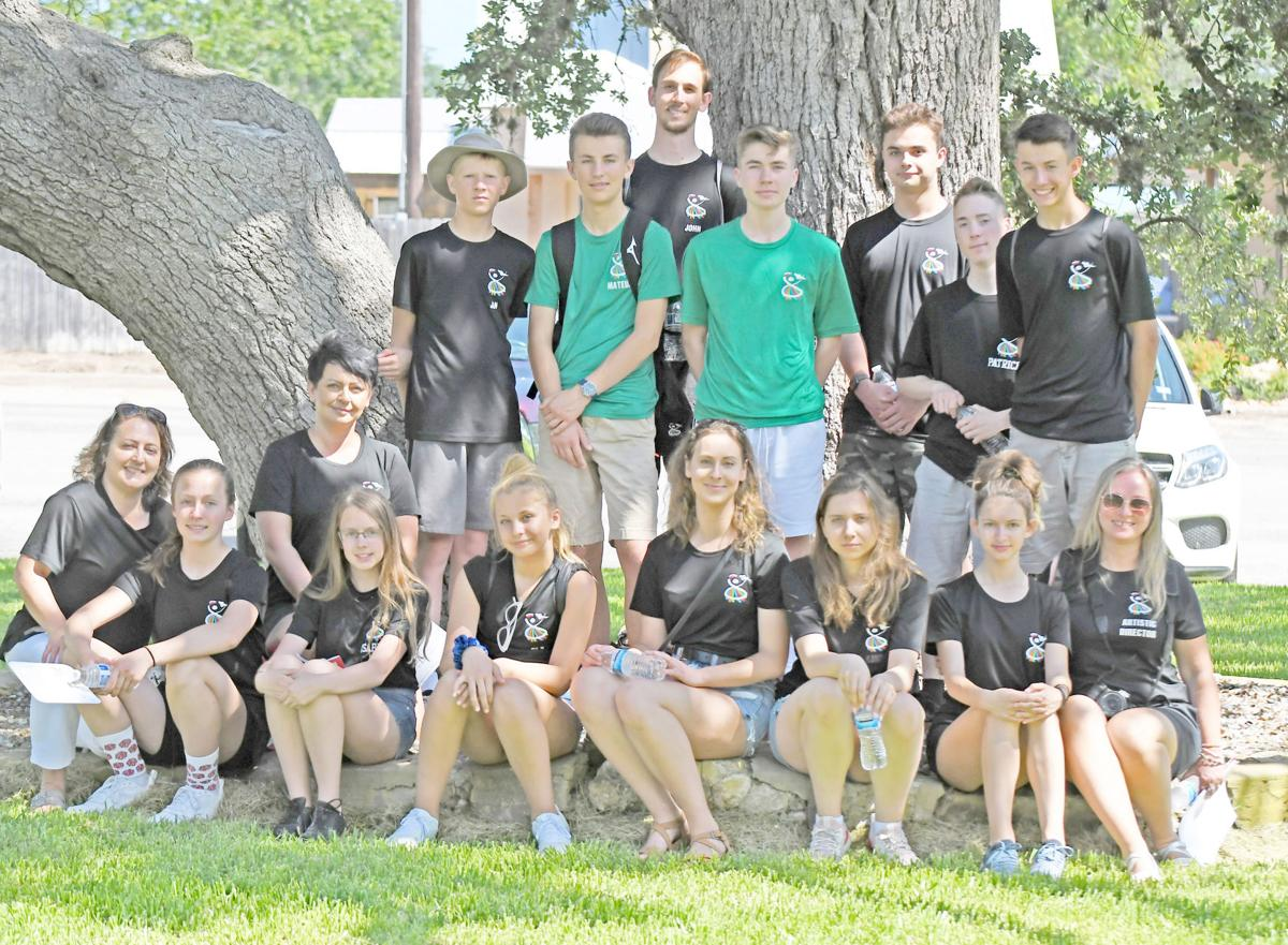Canadian song, dance troupe visits Panna Maria