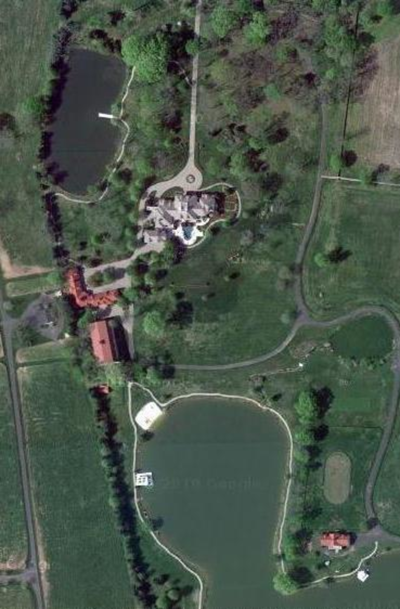 Country star's palace sells for $28M