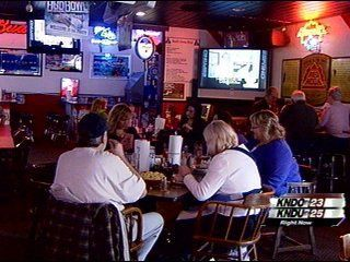 A Look at Super Bowl Parties in the Tri-Cities