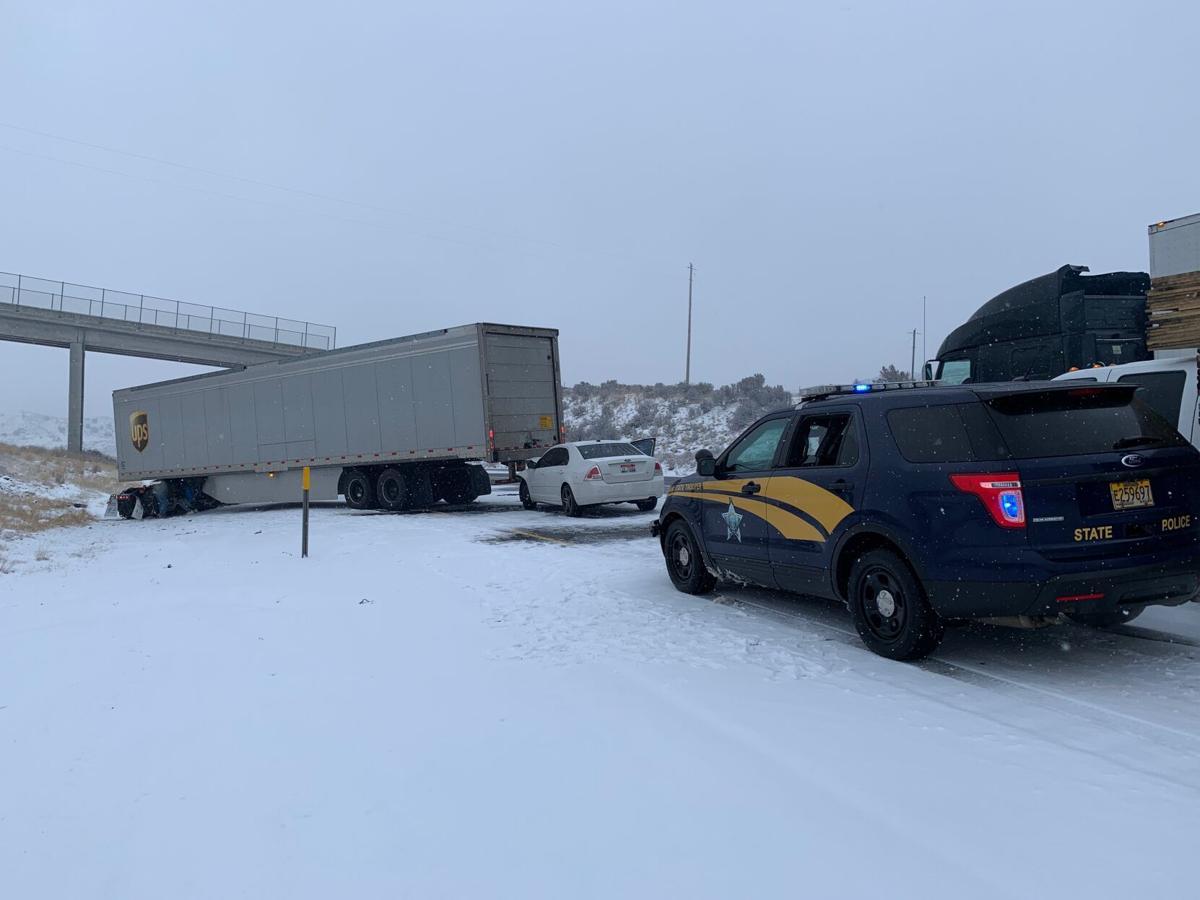 I-84 EB truck crash near MP 323