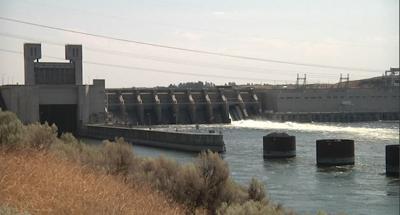 Snake River dams cause more debate