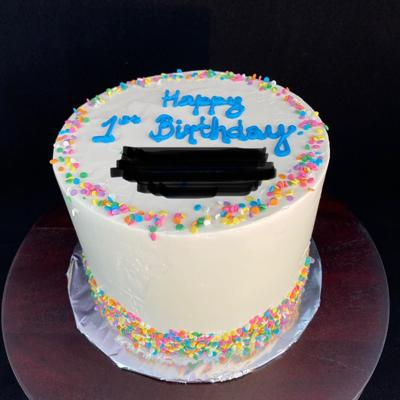 TSP Bakeshop bakes personalized birthday cakes for foster kids