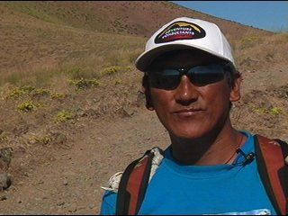 Sherpa's son ready to hike Mount Everest at age 7
