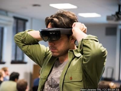 Healthy Headspace: Nonprofit uses virtual reality to relieve stress