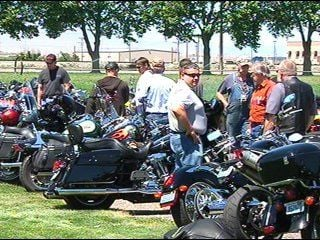 """""""Ride to Work Day"""" promotes motorcycle and scooter use"""