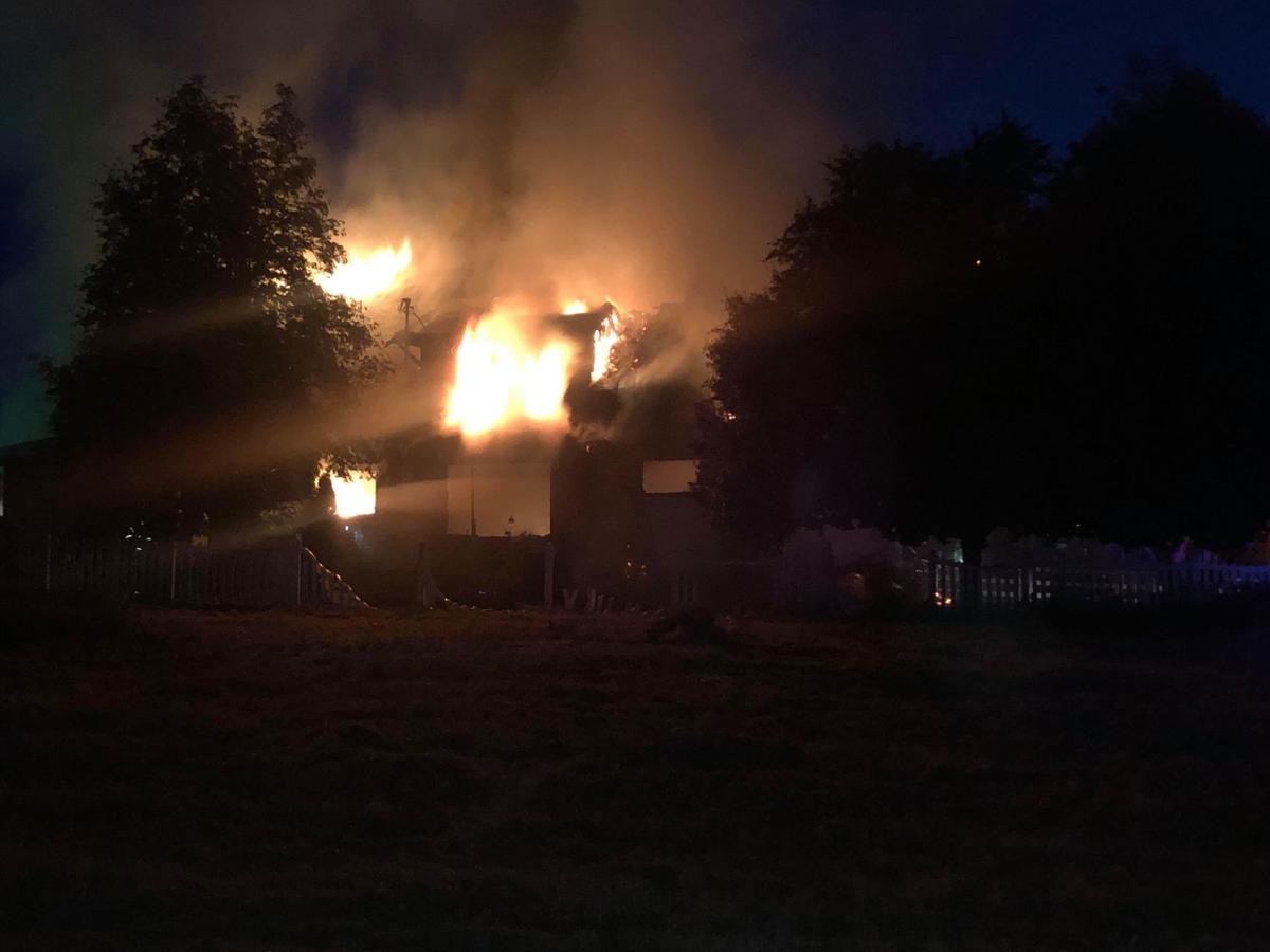 House fire in Selah contained