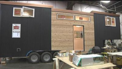 Tiny house craze hits close to home