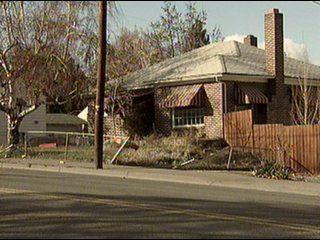 Car Crashes through Yakima Neighborhood