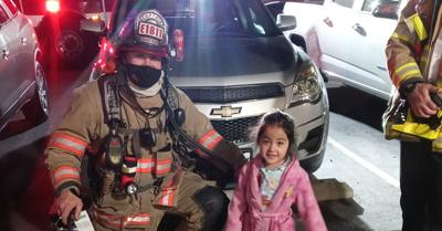 3-year-old saves parents lives during a late-night apartment fire in Kennewick