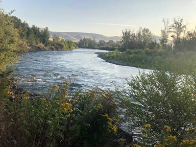 Yakima Police say foot chase may have lead to a possible drowning