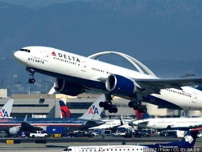 U.S. requiring negative COVID tests for inbound international air travelers