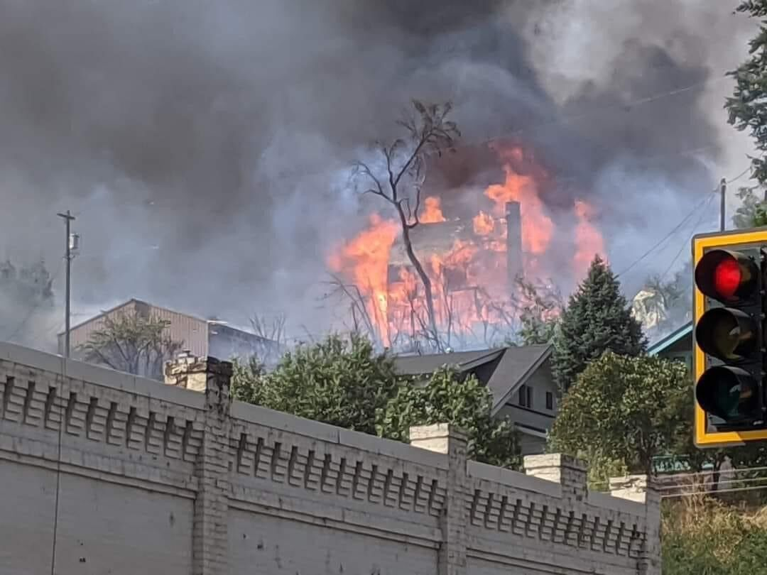 UPDATE: Colfax fire between 500 and 1,000 acres