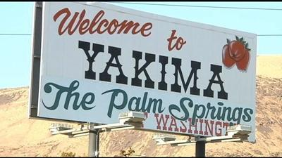 """Sign Owner Explains """"The Palm Springs of Washington"""""""