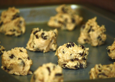 FDA reminds consumers: don't eat raw cookie dough