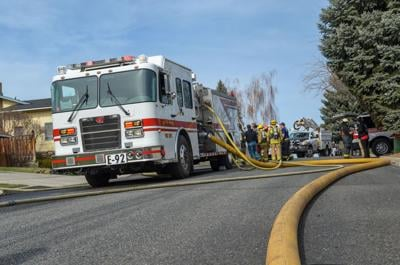Yakima Fire Department responds to two structure fires in a span of 40 minutes