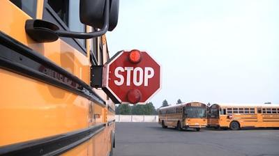 Back to school: how to correctly pass a school bus