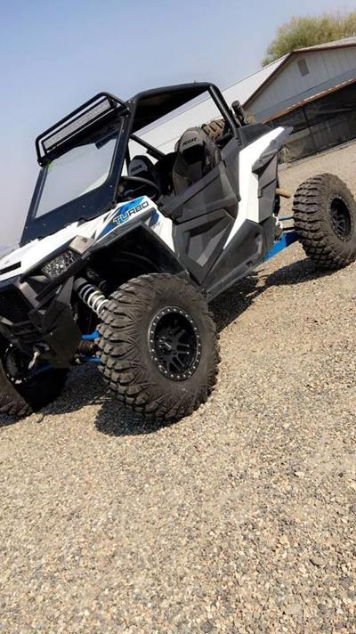 Kennewick Police investigating after two Polaris Razors go missing