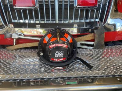 Selah Firefighters vehicles vandalized while fighting the Evans Canyon Fire