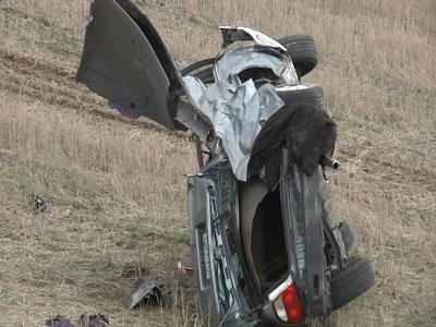 Three injured after rollover crash south of Kennewick