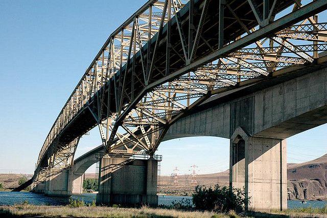 umatilla bridge1