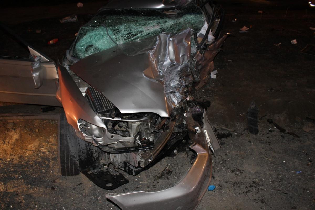 One killed, three injured in Yakima Valley Highway car crash
