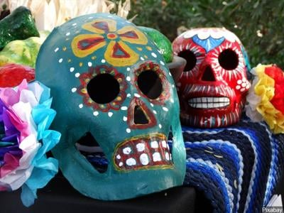 """Remembering loved ones lost to COVID-19  for """"Day of the Dead"""""""