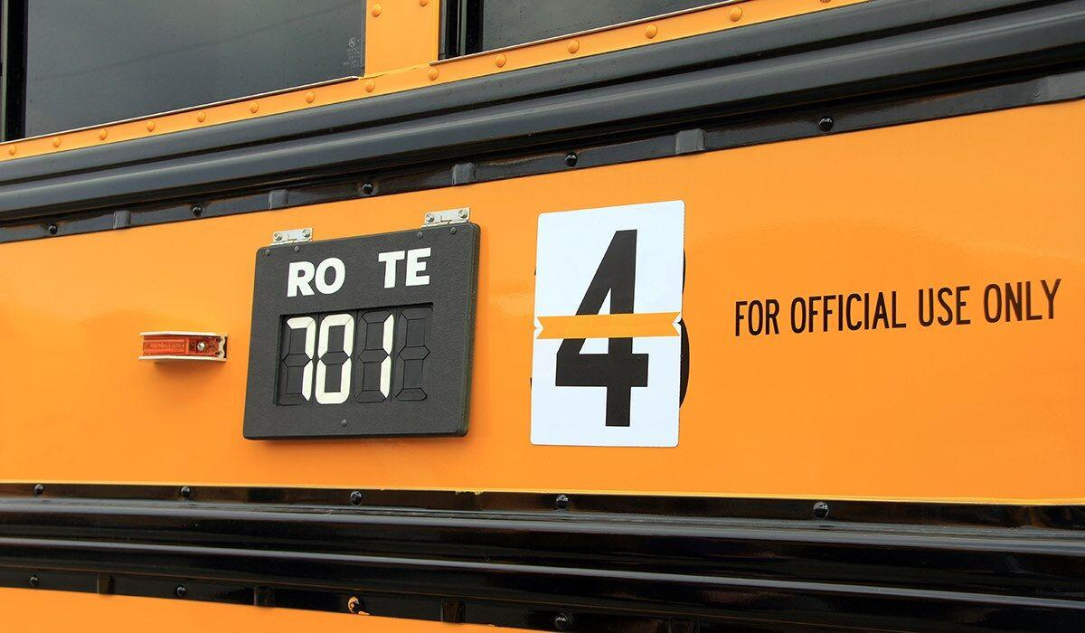 Richland School District honors fallen Pasco bus driver with the number 4