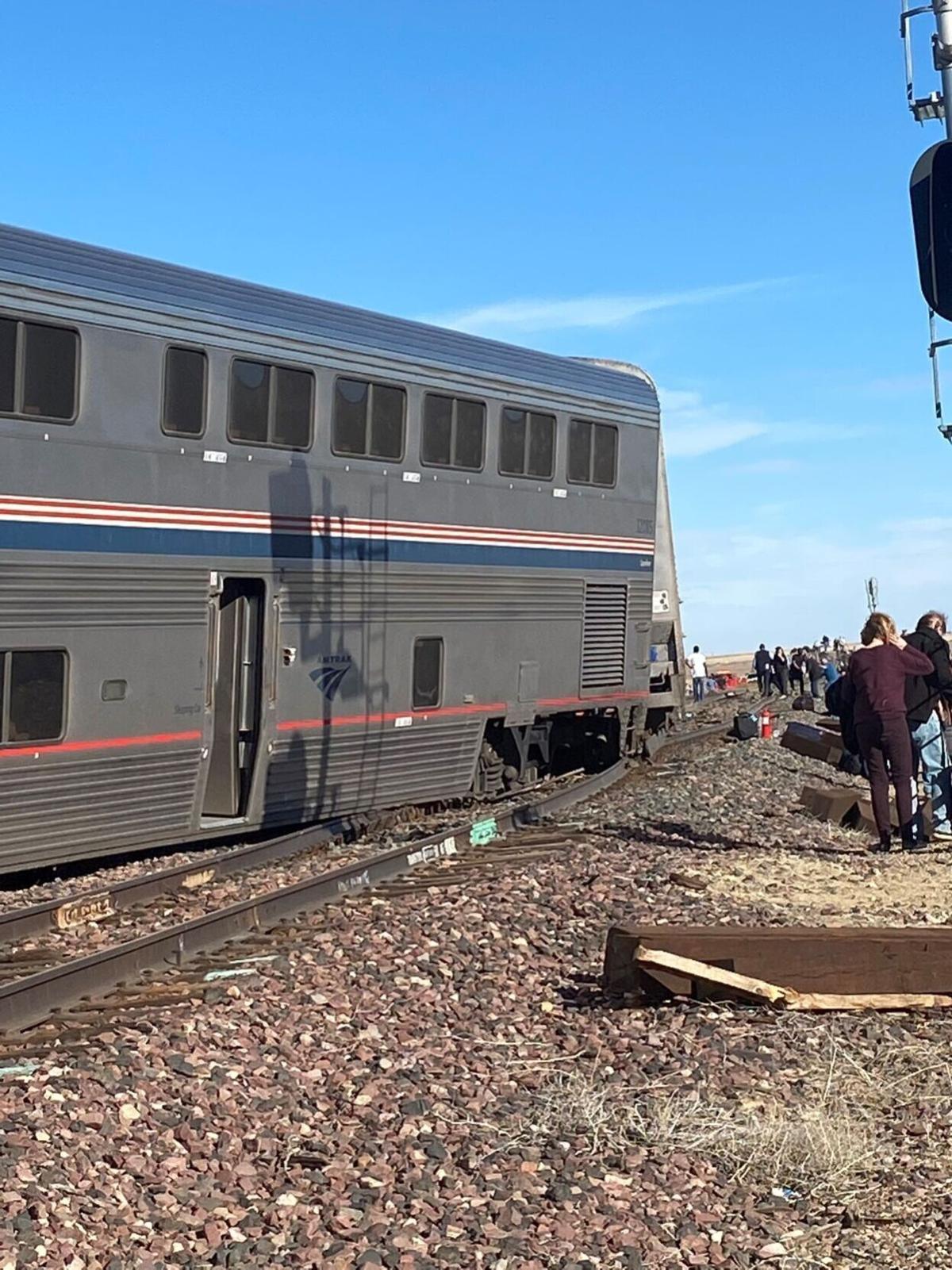 Train derails outside Chester, causes lane blockage