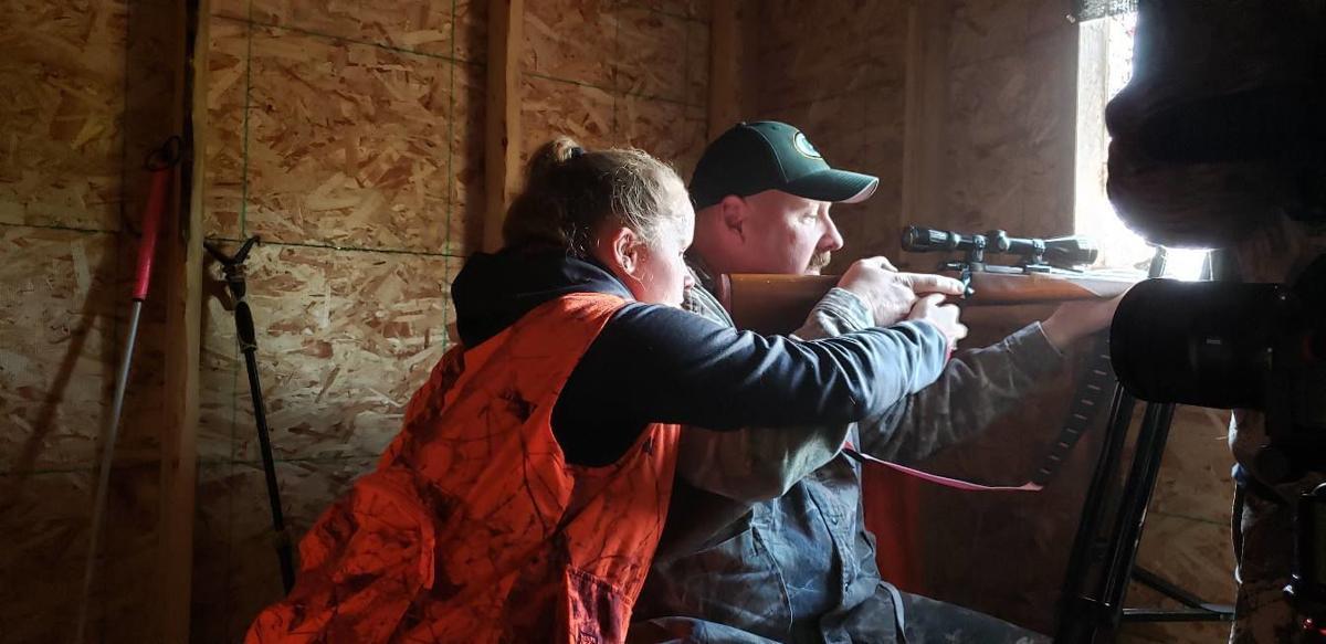 Blind Yakima girl hunts whitetail in Spokane