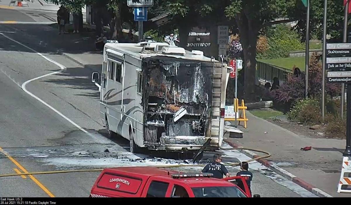 Motorhome catches fire, blocks US-2 through Leavenworth