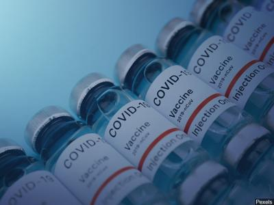 Kadlec Healthplex holds COVID-19 vaccine clinic, by appointment only