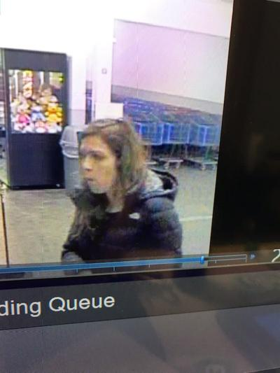 Kennewick police looking for woman who allegedly stole and used credit cards