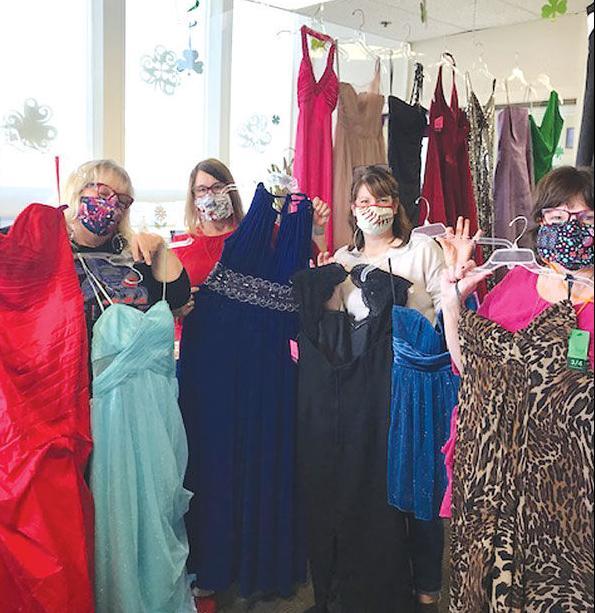 c-prom-dresses-holding-up-dresses_c.jpg