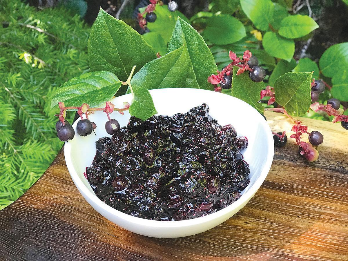 f-kw-Salal-Berries01_c.jpg