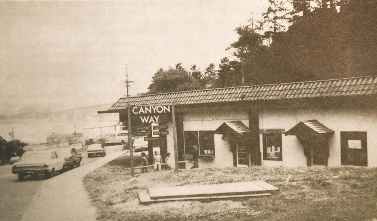 canyon-way-old-photo