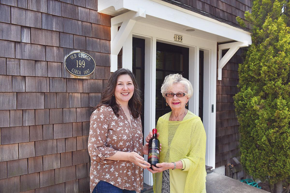 Old-church-studio-Sarah,-Judy-and-wine