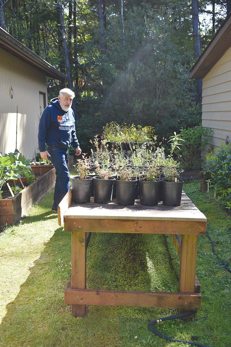 Master-gardener-plant-sale2