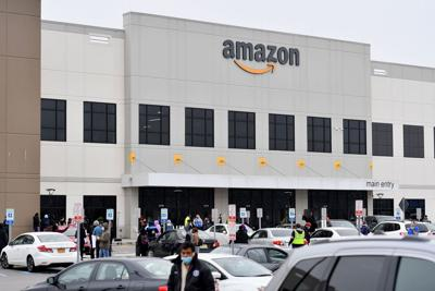 Amazon fires warehouse worker who led Staten Island warehouse walkout