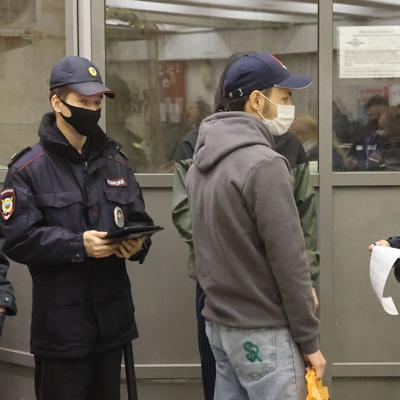 Moscow is going back into lockdown as Covid-19 deaths multiply in Russia