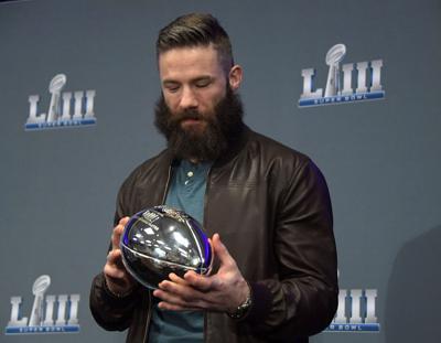 Super Bowl Mvp Edelman Shaves Beard On Ellen Sports